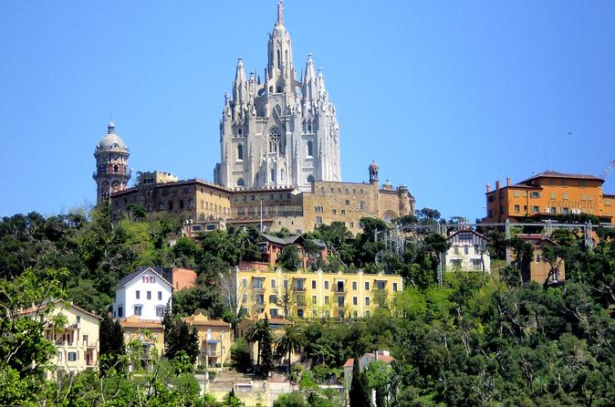 Barcelona Private Tour to Tibidabo Mountain and Labyrinth Park