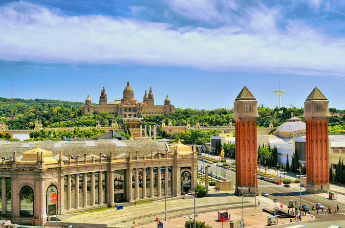 Barcelona Walking Tour With Lunch And Sagrada Familia Entrance