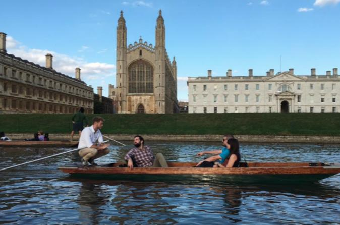 Private cambridge punting tour in cambridge 377676