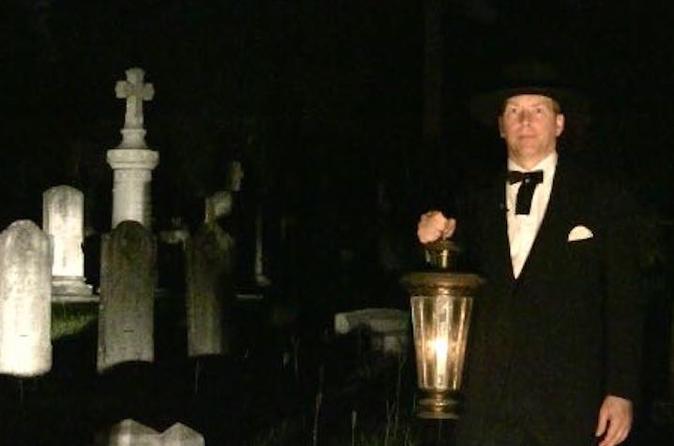 Ghosts and Graveyard Tour of Pensacola