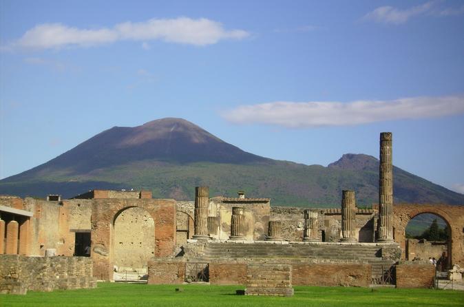 Pompeii - Sorrento - Positano Tour
