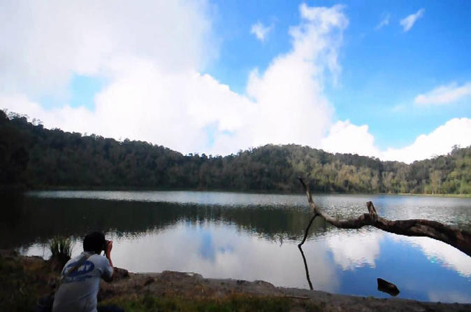 Volcano and lagoon of chicabal walking tour in quetzaltenango 221002