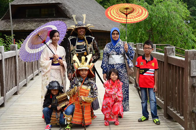 Mount Fuji & Samurai, Kimono and Ninja Costume Experience from Tokyo