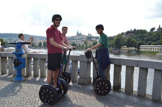 Tour panoramico privato in Segway di 1 ora a Praga