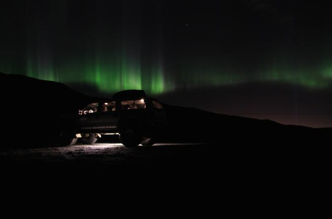 Small-Group Northern Lights Tour by Super Jeep from Reykjavik