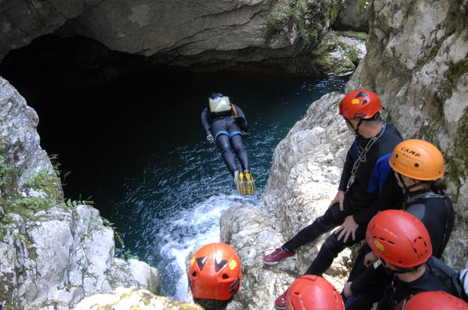 Canyoning in Nevidio Canyon