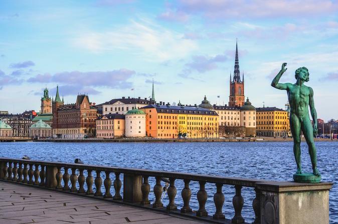 Excursão Terrestre: destaques de Estocolmo, incluindo passeio panorâmico, Museu de Vasa e a Pé em Gamla Stan