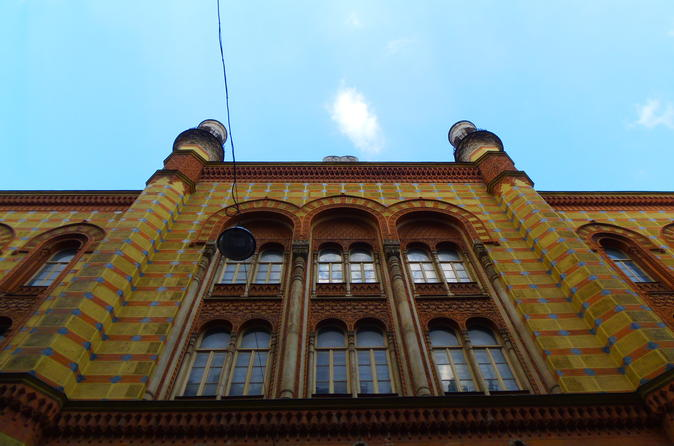 Jewish Heritage Walking Tour in Budapest