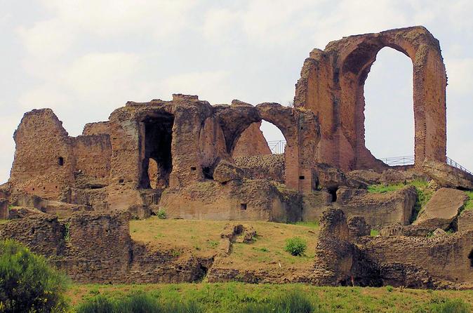 Combo Ticket Via Appia Antica - Caracalla Baths, tomb of Cecilia Metella and Villa dei Quintili