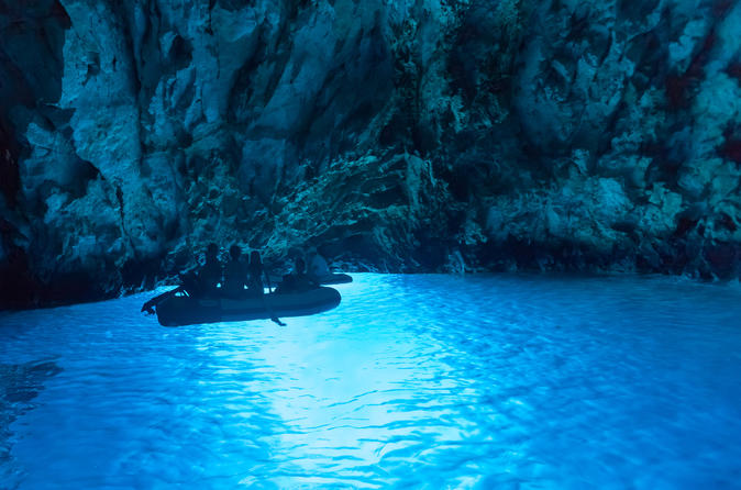 Small group tour 6 islands and 3 caves with lunch and wine tasting in split 437436