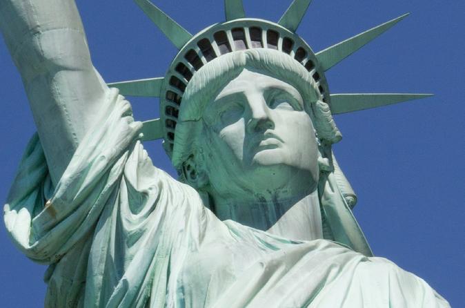 60-Minute Lady Liberty Boat Cruise