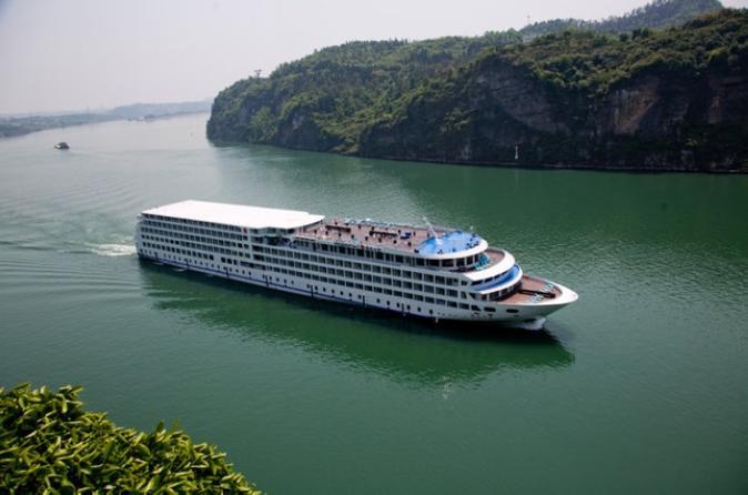 3-Night President 7 Yangtze River River Cruise Tour From Chongqing to Yichang