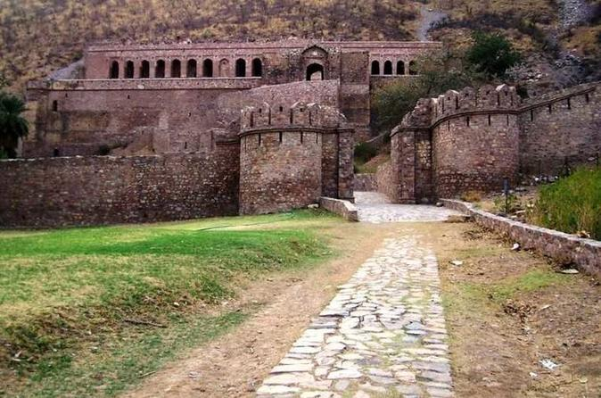Excursion To Bhangarh Haunted Fort And Abaneri Step Well - Agra