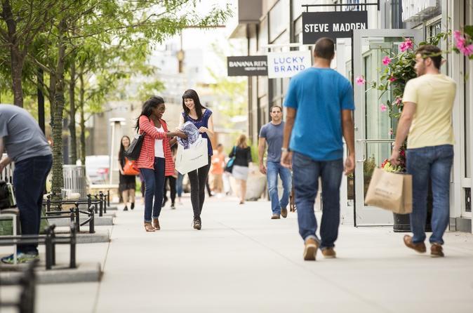 Massachusetts Shopping & Fashion