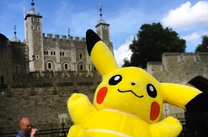 Private Walking Tour: Pokemon Adventure Around Tower of London