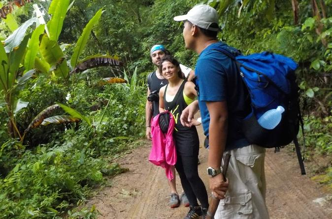 Overnight Doi Inthanon National Park Tour with Hill Tribe Homestay