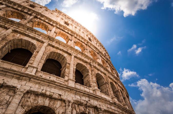 VIP Caesar's Palace with Colosseum Tour, Roman Forum & Palatine Hill