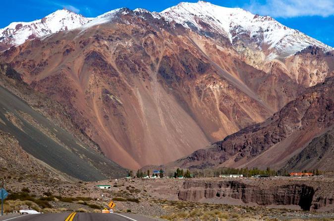 Excursão de dia inteiro no Alto da Montanha saindo de Mendoza