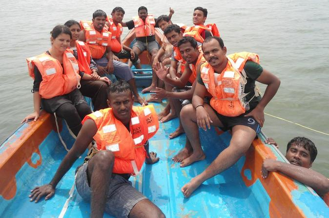 Traditional Fisherman's Boat Ride Experience in Mamallapuram