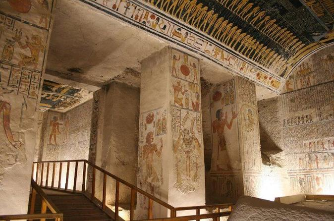 Luxor Private Full-Day Tour: Discover the East and West Bank of the Nile