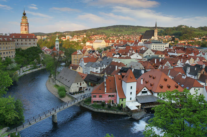 Cesky Krumlov Private Day Tour from Prague with English-Speaking Guide
