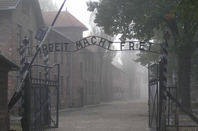 Private Day Tour from Prague to Auschwitz-Birkenau Museum