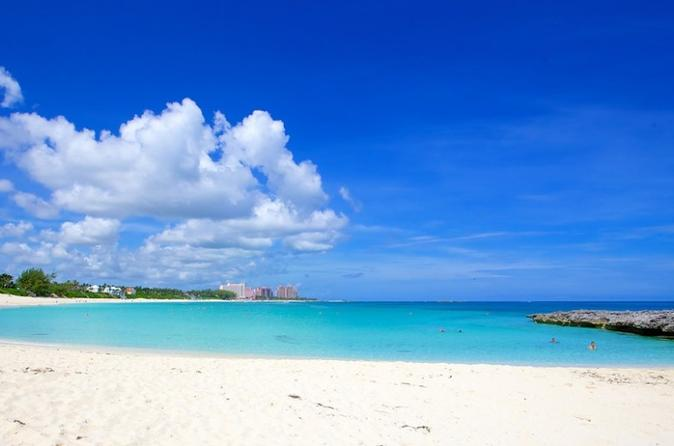Private Half-Day Sightseeing and Beach Charter in Nassau