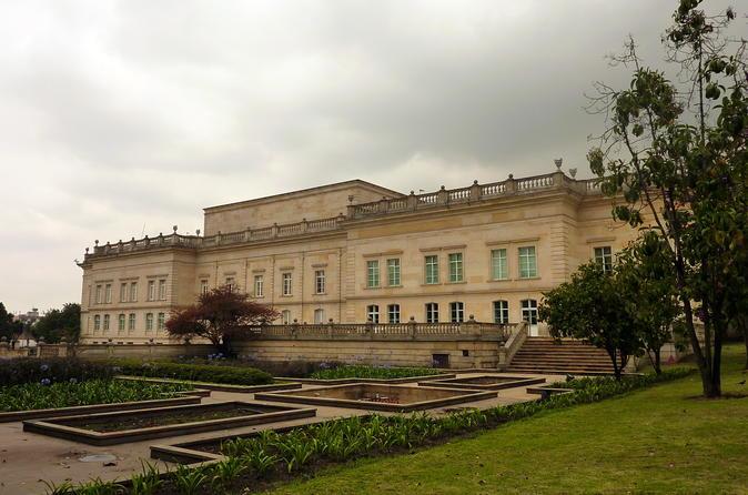 Private Architecture Tour in Bogotá