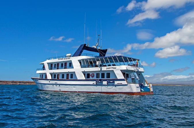 Galapagos Cruise: 4-Day Tour to Santa Cruz, Genovesa and San Cristobal Islands