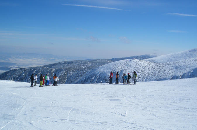 Borovets Skiing Day Tour with Instructor