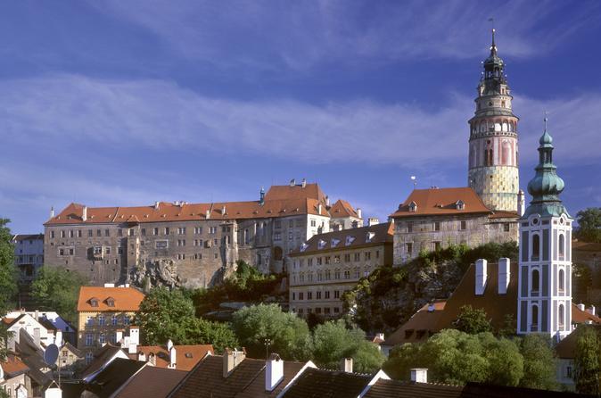 Prague Day Trip to Cesky Krumlov: Historic City Center Walking Tour and Cesky Krumlov Castle