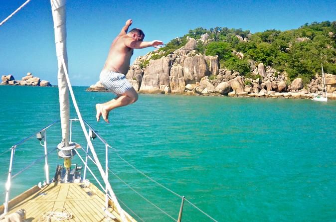 Magnetic Island Sailing BBQ Lunch Cruise
