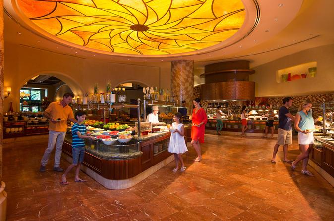 Buffet Dining In Atlantis - Dubai