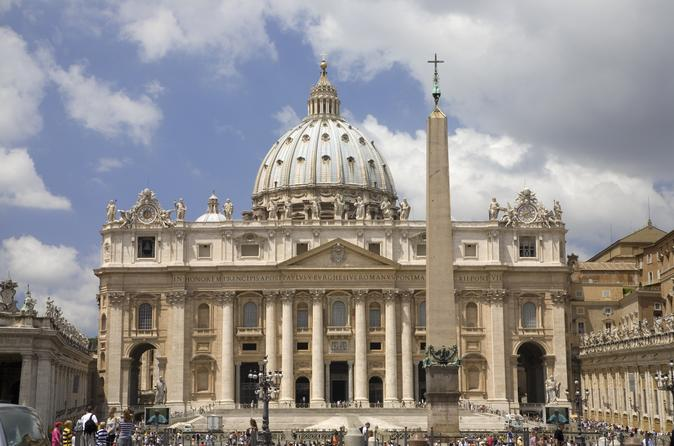 Vatican Museums - Sistine Chapel and St Peter's Basilica Private Tour with Skip-the-Line