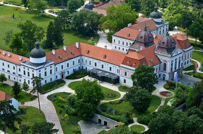 Full-Day Private Tour of Godollo Sisi Castle and Szentendre
