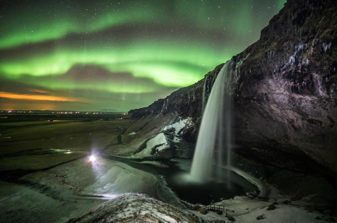 Excursão diurna para glaciares, cachoeiras e praias do sul da Islândia