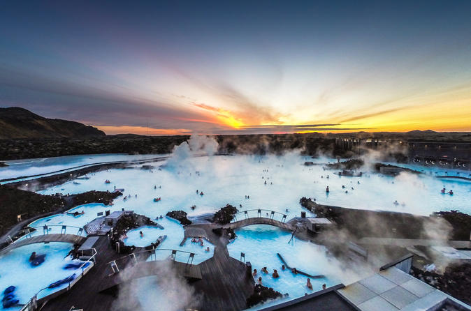 Small-Group Golden Circle and Blue Lagoon Tour