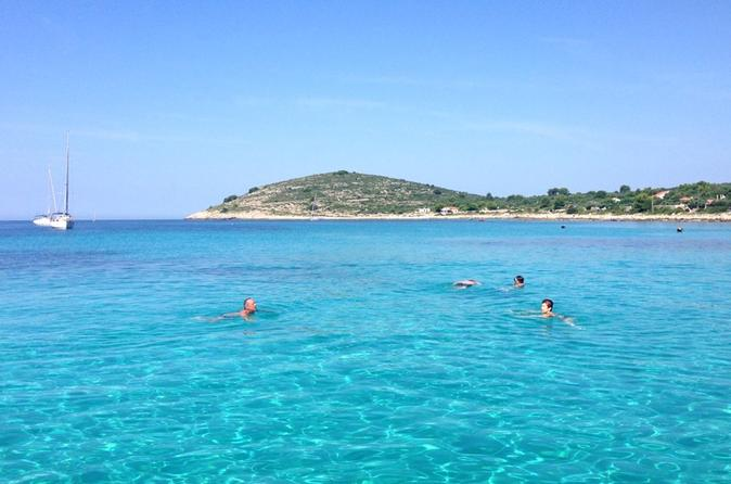 Blue Lagoon and Solta - 3 Islands Tour from Trogir or Split