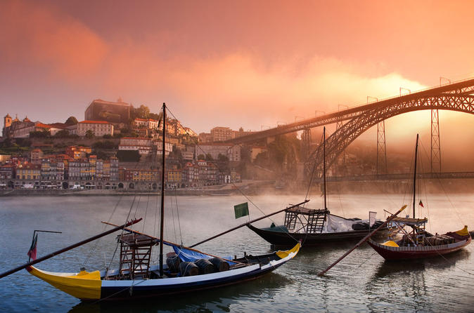 Porto the North Capital of Portugal - Private Tour for 6 up 8 Person