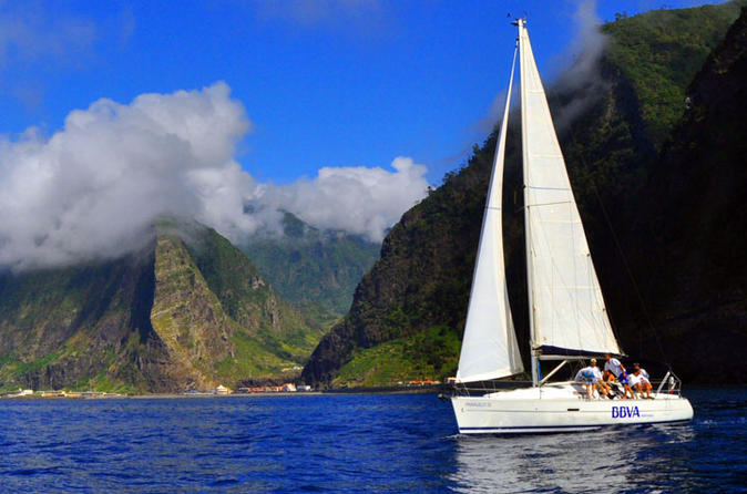 Private yacht charter at madeira island in funchal 223961