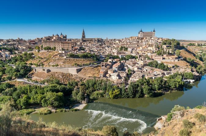 Toledo and Segovia from Madrid with Optional Lunch