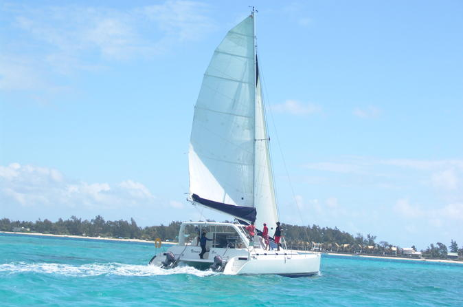 Full day catamaran cruise on bluealize to ile aux cerfs from trou d in trou d eau douce 274760