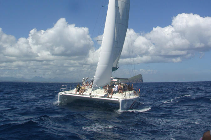Full Day Catamaran Cruise on the Pacha in the North of Mauritius