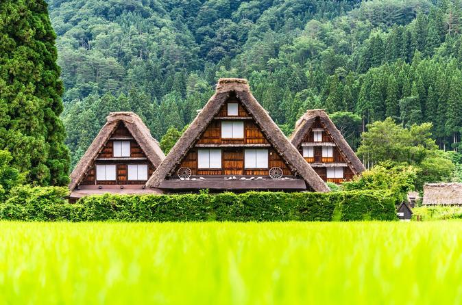 Shirakawa-go, Hida-Takayama & Kamikochi in 2 Days from Tokyo