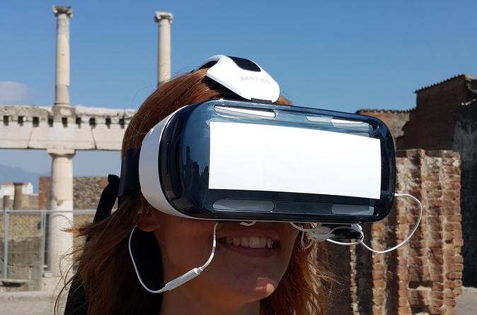 Private pompeii tour with 3d virtual reality headset tour assistant in pompei 320506