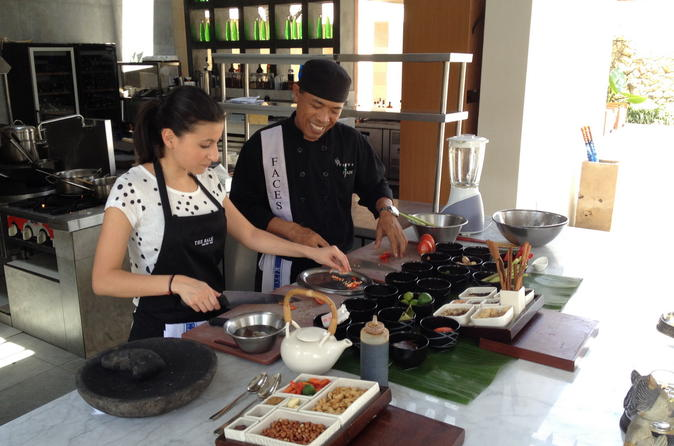 Balinese Cooking Class and Market Tour