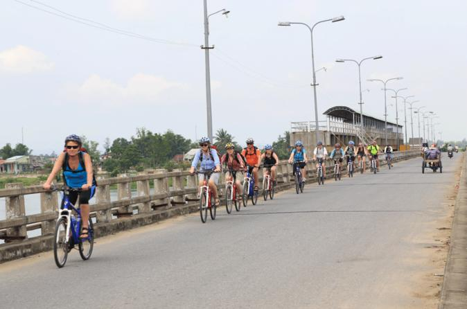 Bike Tour to Cu De Farm and Village from Da Nang