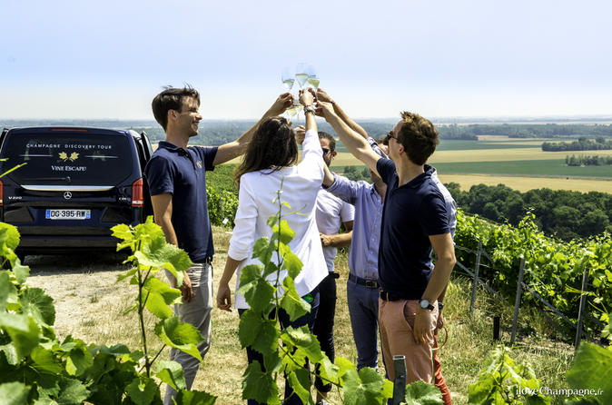 Small Group Half-Day Tour: Champagne Wine Tasting Departing from Epernay