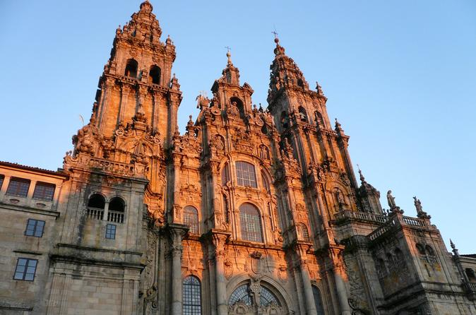 Santiago de compostela and viana do castelo small group day trip from in porto 401319
