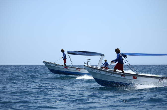 Round trip taxi boat ride between playas del coco and playa matapalo in playa hermosa 225169